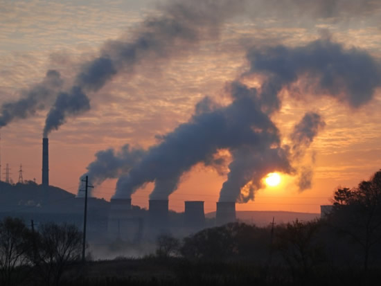 air pollution_tatiana grozetskaya_shutterstock